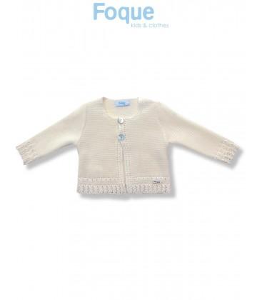 Chaqueta de punto beige para bebé de Foque Moda Infantil