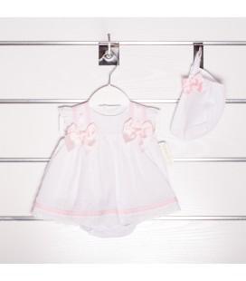 Vestido plumeti con braguita y capota de Valentina Bebés