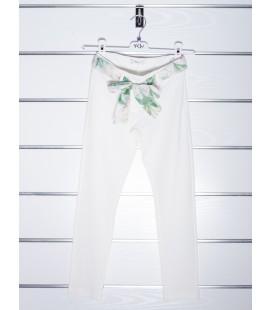 Pantalón beige para niña de Y-Clu