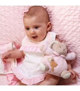Jesusito beige para bebé de Belén Costales