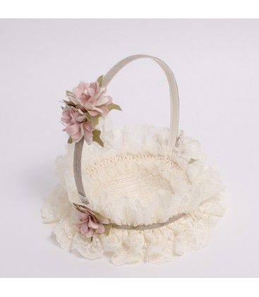 Cesta arras beige adornada con flores