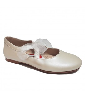 Zapato nacarado beige de ceremonia para niña