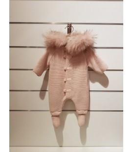 Martín Aranda - Buzo con pelo natural rosa crepe para bebé