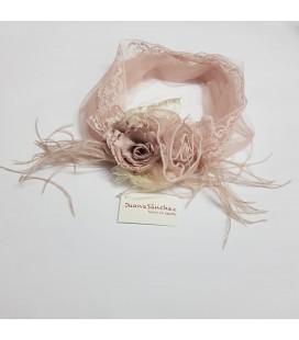 Juana Sánchez - Turbante primera comunión rosa empolvado