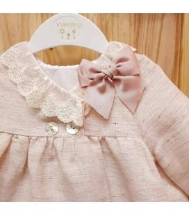 Valentina Bebés - Abrigo de lino con encaje rosa empolvado