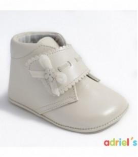 Bota de bebé nacarado beige de Leon Shoes
