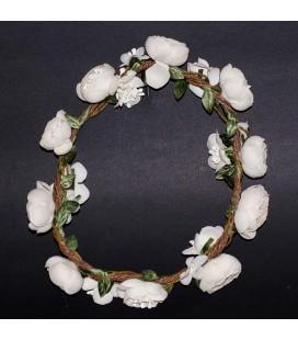 Corona cuerda y flores para primera comunión