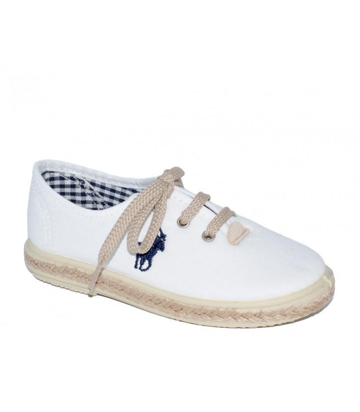 2afb31c1a Zapato piqué blanco para niña de Vul-Peques - Adriels Moda Infantil