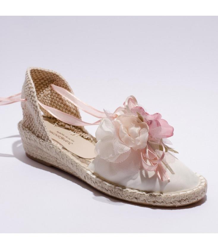 668c9664 Esparteña flores rosas para niña de Juana Sanchez - Adriels Moda ...